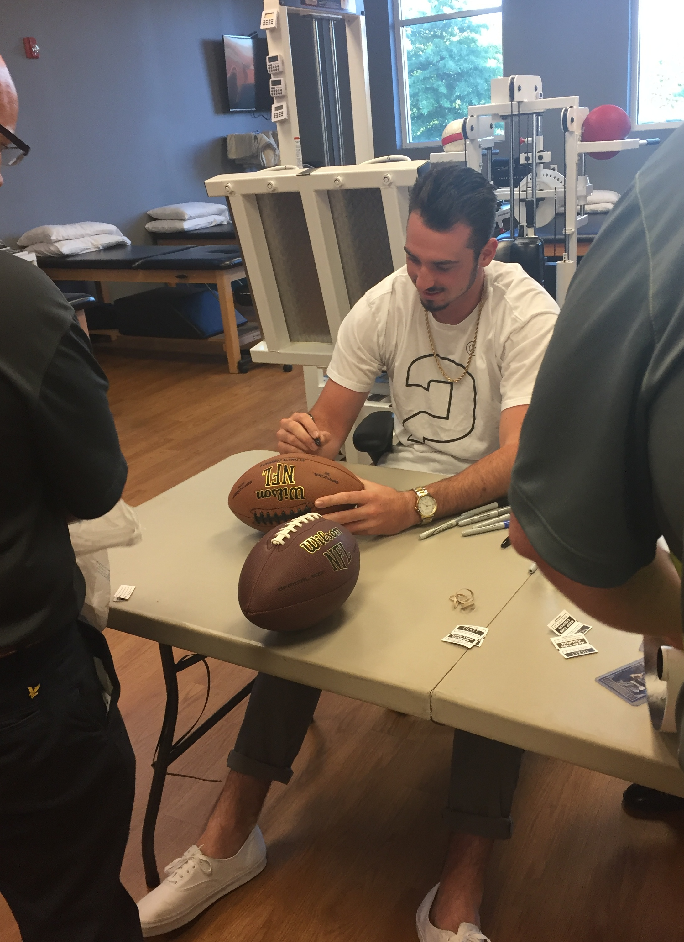 Paxton Lynch returns to Mid-South to give back